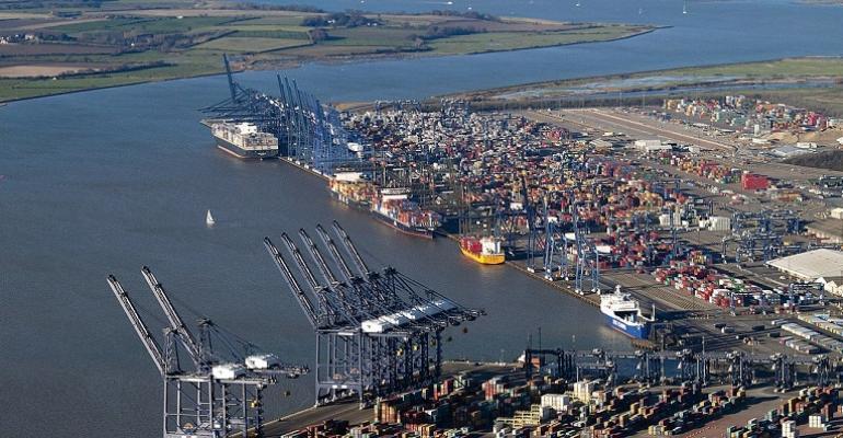 1280px-Aerial_view_of_the_Port_of_Felixstowe.jpg