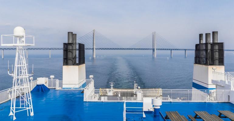 Bridge_approach.jpg