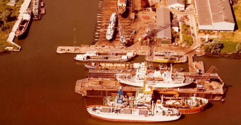 Damen Shiprepair Oranjewerf old (3-LR (002).jpg