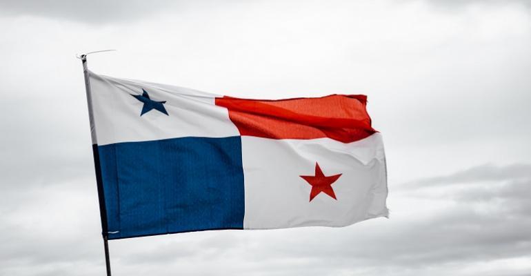 Panama Flag - luis-gonzalez-Wiwqd_8Rds8-unsplash.jpg