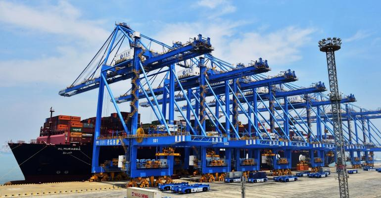 Qingdao port-qianwan (002).jpg