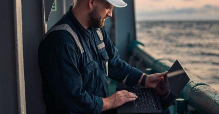 Tapiit seafarer laptop graphic.jpg