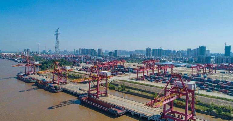 Wuhan port 3.jpg