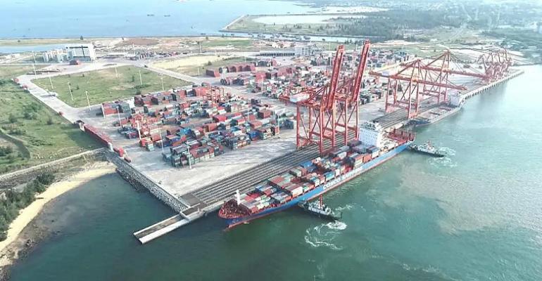Yangpu port-cosco shipping Xingwang.png