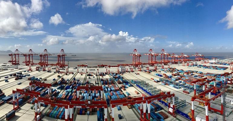 Yangshan port (002).jpg
