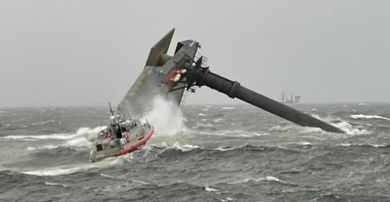 capsizeliftboat.jpg