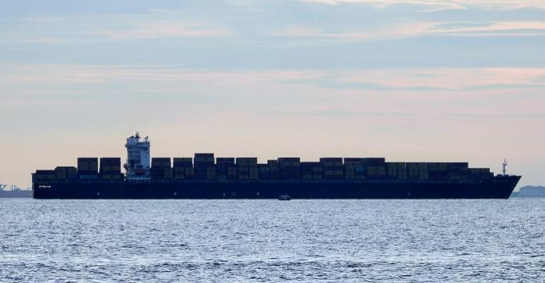 containership_silohette.JPG