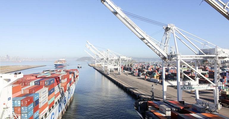 port of oakland.jpeg
