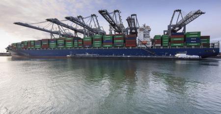 containerschip-bunkeren-haven-rotterdam.jpg